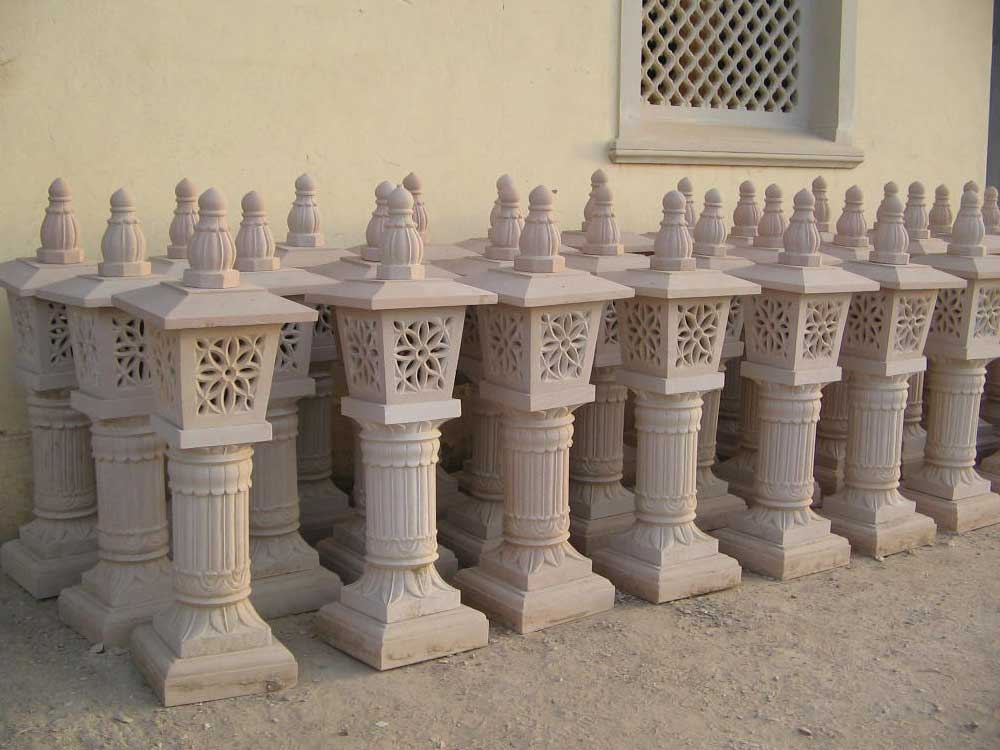 Garden Stone Lamps : Decorative Stone Lamps Manufacturer India