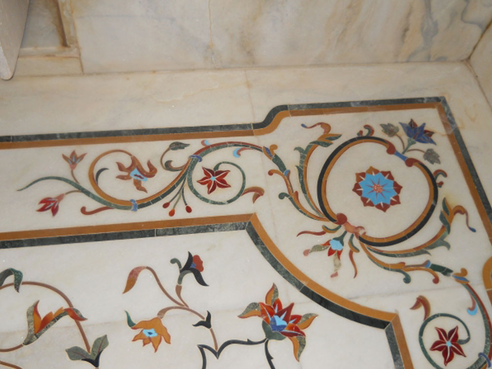 Marble and Semiprecious Stone Inlay Manufacturer from Rajasthan - India