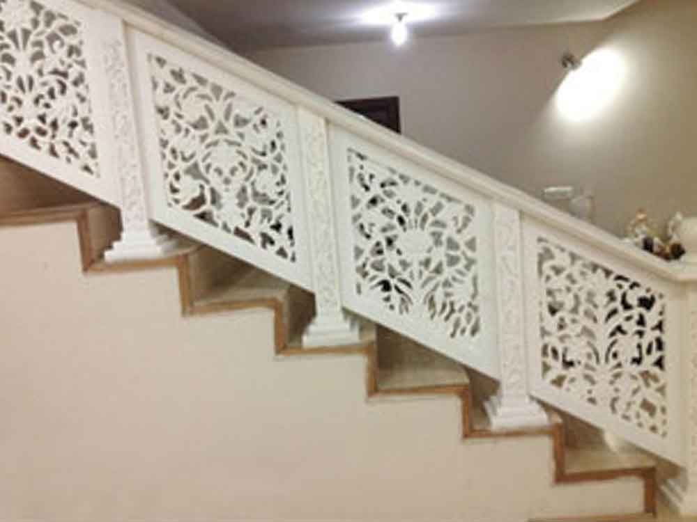 marble carved railing : carved marble handrail : marble jali railing
