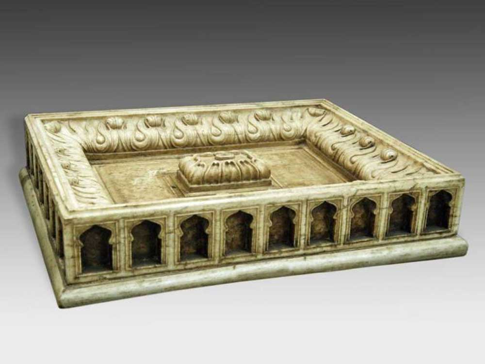 antique indian floor fountain :: Marble Floor Fountain