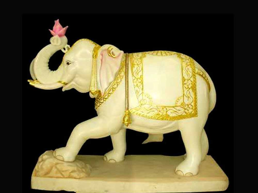 Marble lotus elephant Statue :: Elephant with Lotus Statue